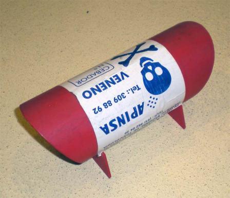Foto 6. Cebadero de plástico de la empresa APNSA./ Desinsectador 07-2013