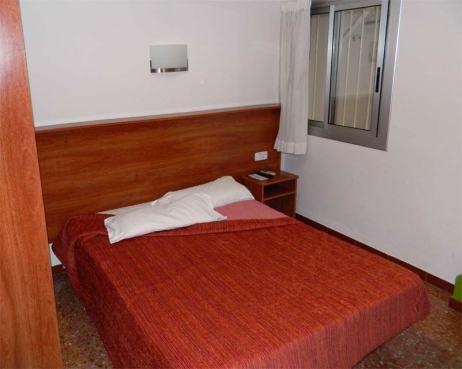 Foto 1. Imagen de la habitación de hotel donde dormí./ Desinsectador 09-2013