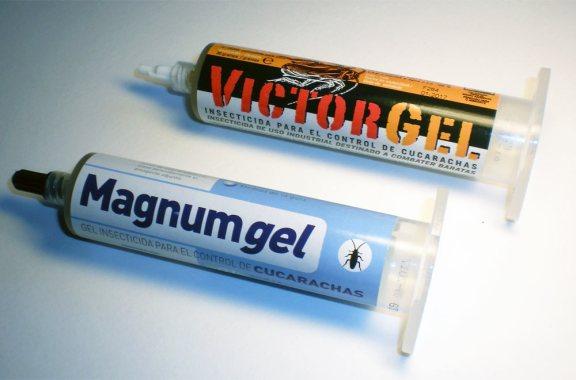 Foto 1. Cartuchos de Victor Gel y de Magnum Gel./ Desinsectador 11-2013