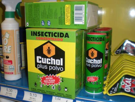 Foto 3. Insecticida Concentrado Cuchol Plus Polvo./ Desinsectador 12-2013